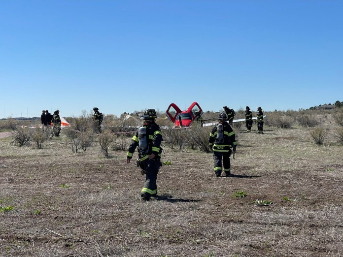 Two planes collided in midair over Cheery Creek Reservoir on Wednesday, according to South Metro Fire Rescue.  The ministry said they were responding to the crash near Belleview Avenue and Cherry Creek Drive in a tweet around 10:30 a.m.  The two planes cut each other, according to SMFR.  One Cirrus SR-22 fell near the Cheery Creek Reservoir in a field and the other, a Key Lime Air Metroliner Jet, landed at Centennial Airport without any problem.  No injuries were reported as a result of the incident.  According to FlightAware, the crashed plane was a single-engine Cirrus SR-22.  There were two people on this plane.  The Cirrus SR-22 was lowered safely to the ground by a parachute.  This was most likely the CAPS (Cirrus Airframe Parachute System) device, which is a rocket-powered parachute system that slows the entire aircraft down to land.  There was no fire or fuel spill.  The plane had taken off from Centennial Airport.
