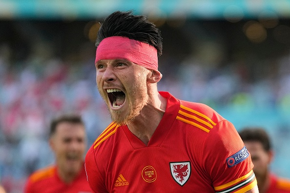 Kieffer Moore stuns Switzerland to rescue draw for Wales in Euro 2020 opener    Metro News