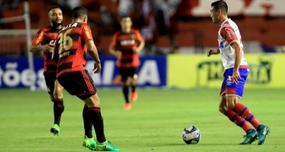 Bahia empata fora de casa e tem vantagem contra o Sport na final do Nordestão