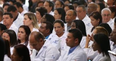 Mais Médicos: 51 cubanos chegam para trabalhar na Bahia