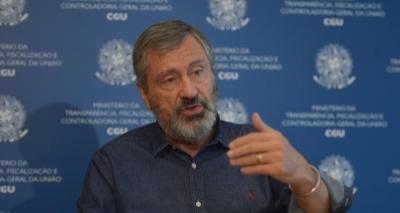 Michel Temer pede que ministro da Justiça evite dar declarações polêmicas, diz coluna