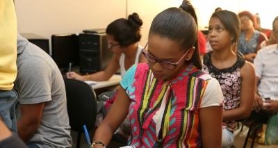 Secretaria abre 16 vagas em concurso com salários de até R$ 1,5 mil