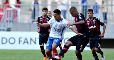 Bahia perde chances de gol e fica no 0x0 contra o Atélico-PR