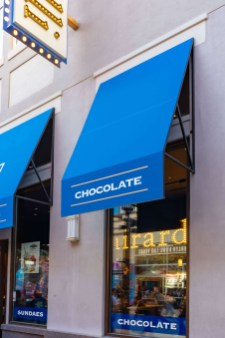 Ghirardelli Ice Cream and Chocolate Shop - Custom Awnings by Metro Awnings of Las Vegas, Nevada