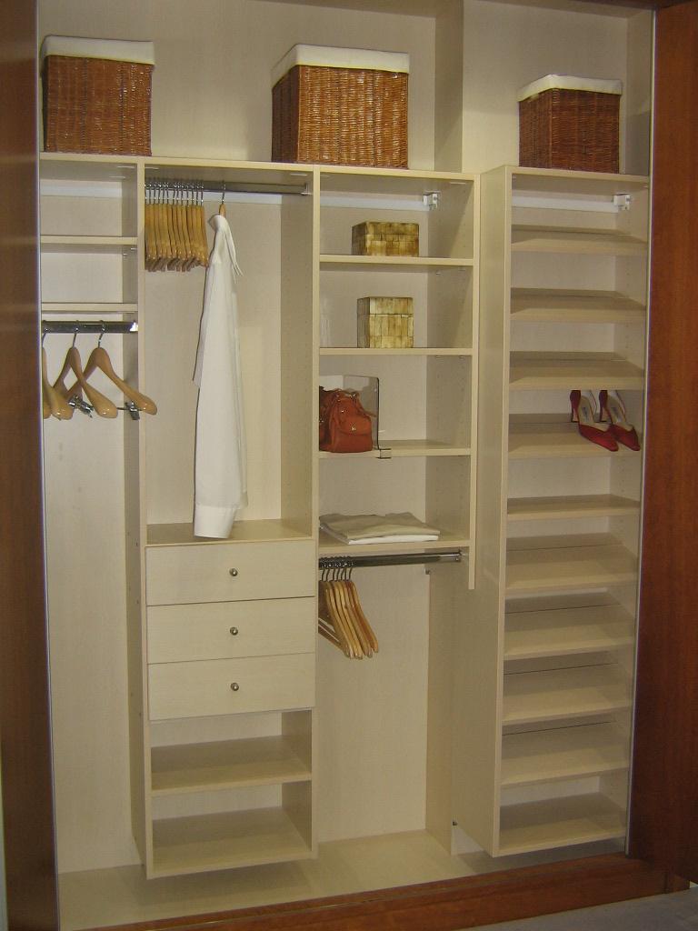 Dise o de armarios empotrados metrocloset for Diseno de armarios online