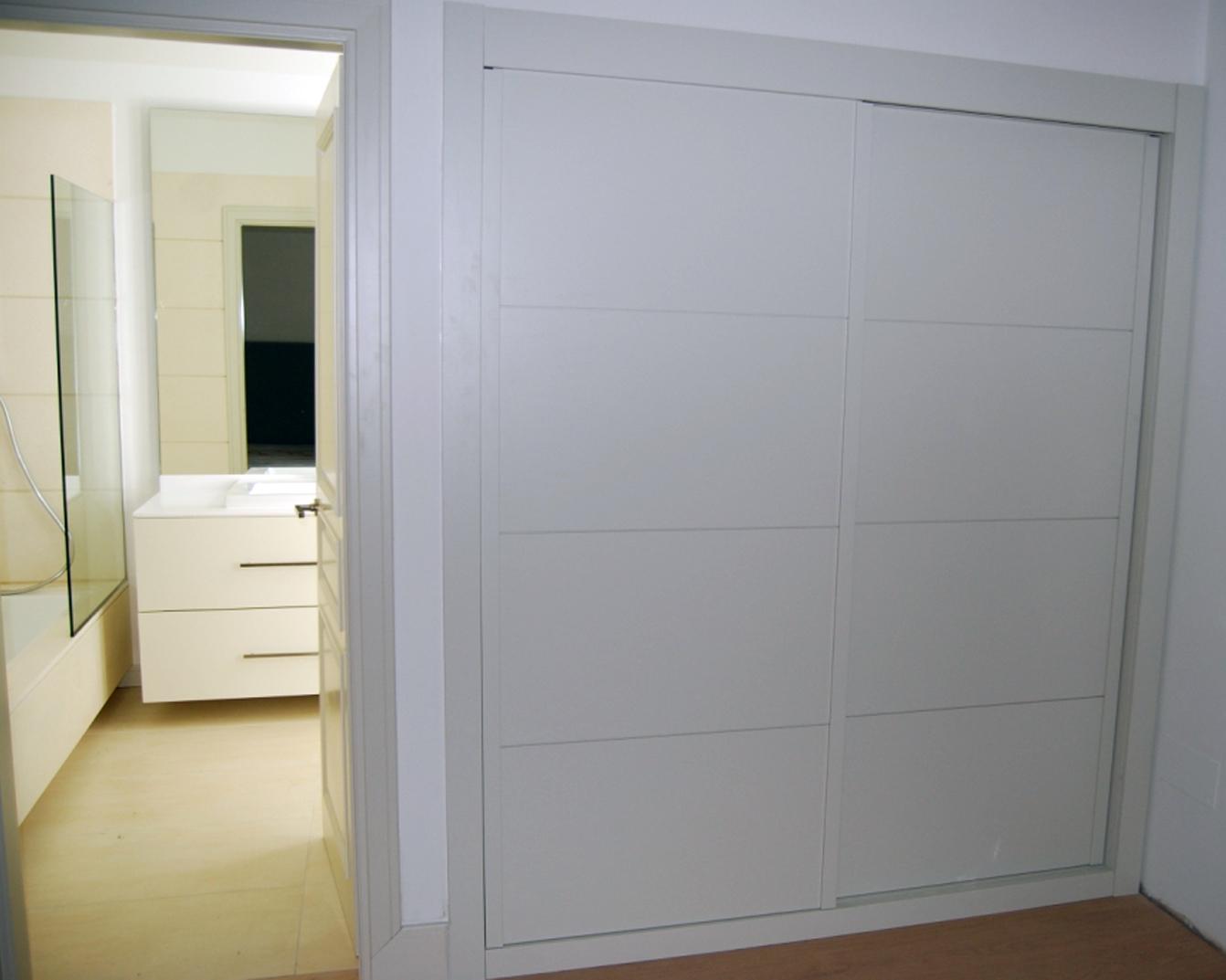 frentes de armario a medida y puertas de diseo madrid with puertas para armarios a medida