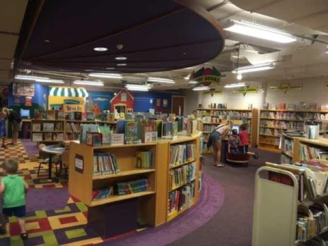 Farmington Community Library ⋆ Metro Detroit Mommy