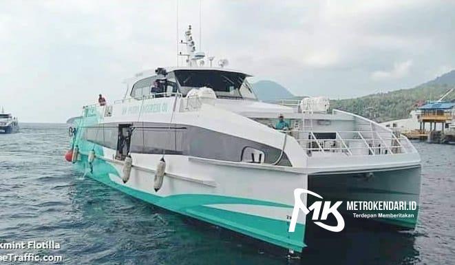 Kapal Cepat MV Putri Anggreni 03