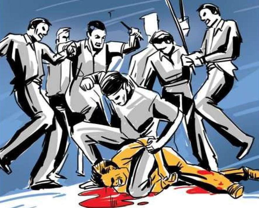 मुंबई के धारावी में दो पुलिस के सामने एक व्यक्ति की हत्या