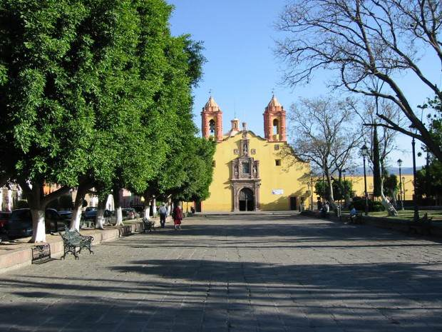 iglesia barrio san miguelito