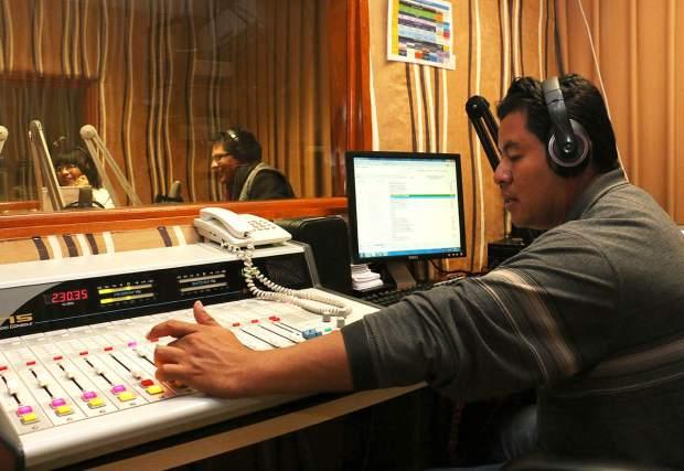 12-08-2014 RADIO UNIVERSIDAD IMG_4250