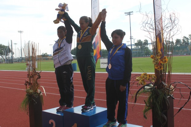 Cindy Meza atleta UASLP  (2)