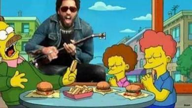 Photo of Lenny Kravitz sufre accidente en concierto y muestra su pene