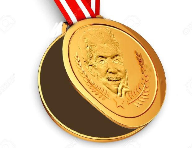 Medalla Julian Carrillo