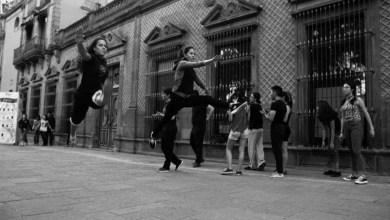 Photo of Con danza se manifiestan frente de la Secretaría de Cultura