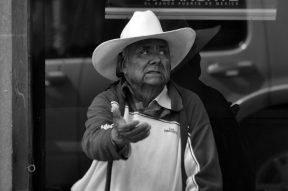 El-Alcalde-Mario-García-Valdez-y-el-gobernador-del-Estado-inauguran-la-Tercer-Muestra-Gastronómica-de-Pueblos-Indígenas-de-México.-87-1024x680