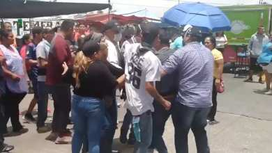 Photo of VideoAmbulantes golpean a inspectores en tianguis de Jardines del Sur