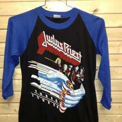 Dead stock Judas Priest Tshirt #heavymetalparkinglot #judaspriest #vintagetshirt #vintagenyc #metal #ilovethe80s #rocktshirt #vintagerocktshirt #robhalford