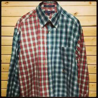 Tommy Hilfiger Button Down Shirt #tommy #tommyhilfiger #buttondown #polo #mcm #stussy #supreame #vintage90s #vintageshirt #vintagenyc #vintageprep #prep #polorugby