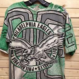 Philadelphia Eagles Magic Johnson Tshirt #eagles #phildelphiaeagles #nfl #vick #phillyfootball #phildelphiafootball #michealvick #magicjohnson #magicjohnsontshirt #vintage90s #vintagephildelphia #vintagetshirt #vintagefootball