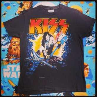 Kiss Tshirt #kiss #genesimmons #paulstanley #petecriss #acefreely #iwannarockandroll #kisstshirt #vintagekiss #vintagekisstshirt #vintagetshirt