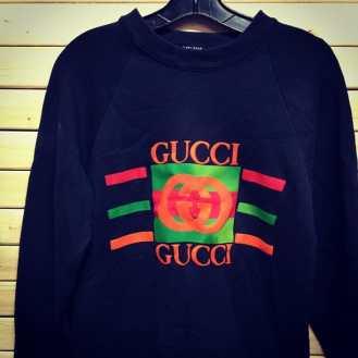 Gucci style street sweat shirt #gucci #mcm #vintagegucci #vintage80s #vintage90s #backintheday #vintagesweatshirt #nycvintage #tribenyc