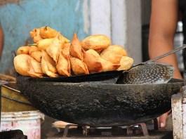 Street Food - Samosa