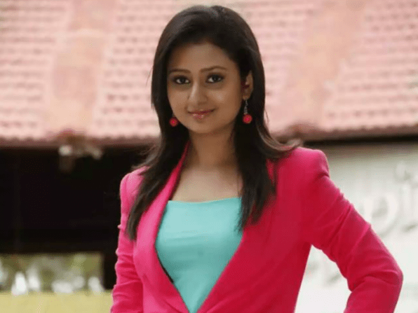 Top 10 Heroines Of Kannada Film Industry And Guess Who Is At 1