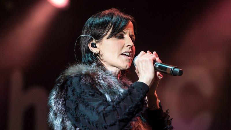 Thousands in Ireland honour late Cranberries singer O'Riordan