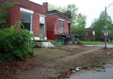 North St. Louis residents fed up with slow response of city on maintenance and cleanup
