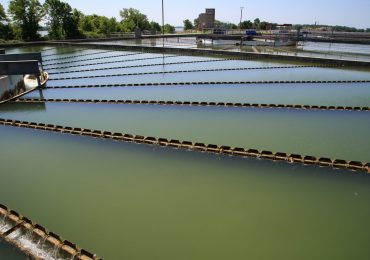 Quest for clean water from muddy river gives St. Louis its odd shape