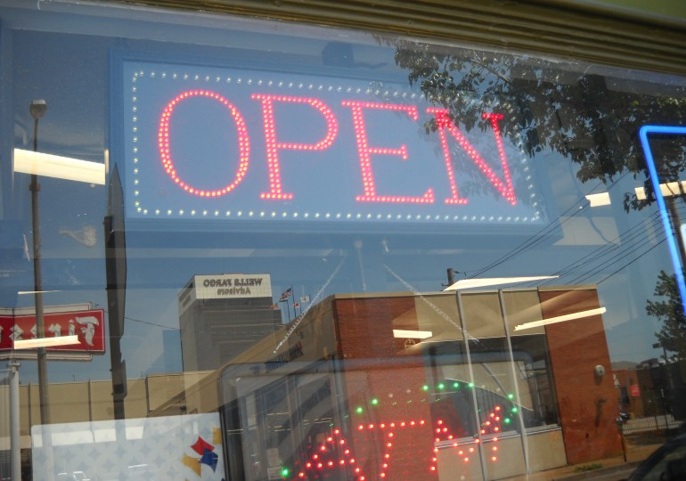 City lays out guidelines for reopening businesses