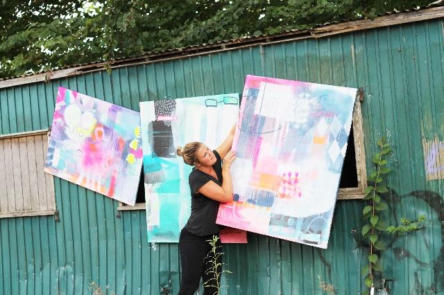 Her kan du købe malerier af Mette Lindberg