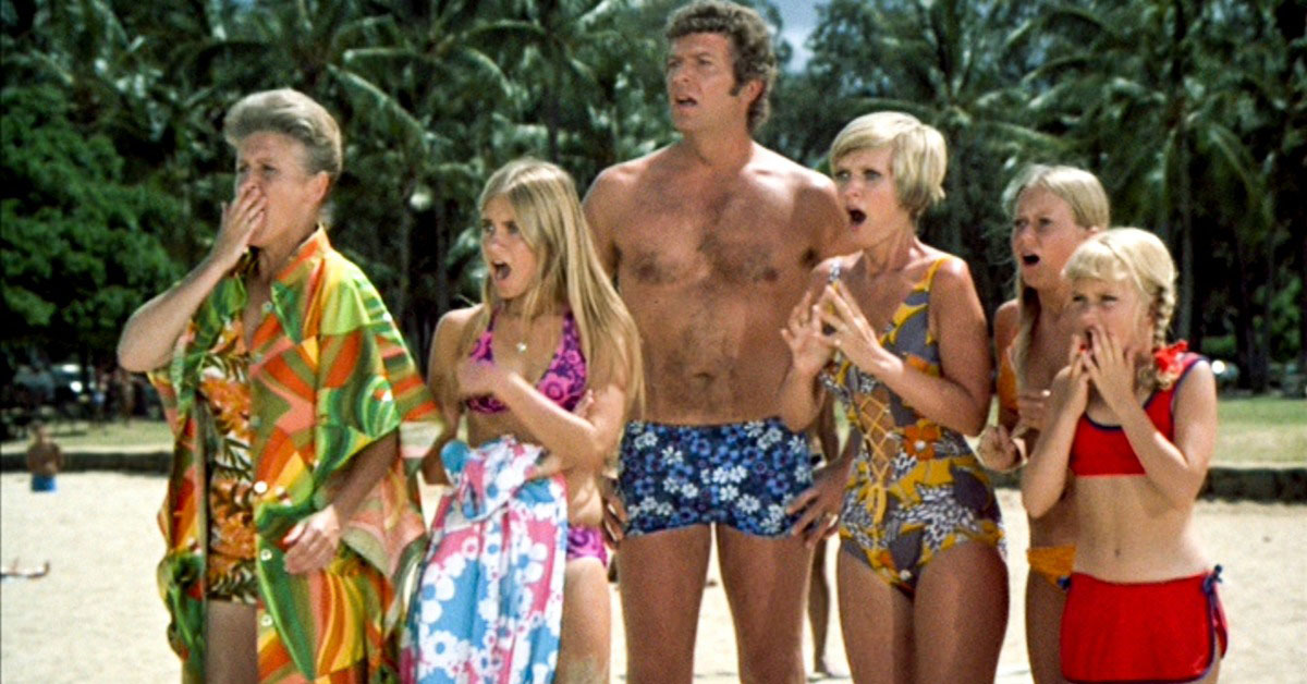 Escape The Winter Blues With These 8 Classic Vacation Episodes