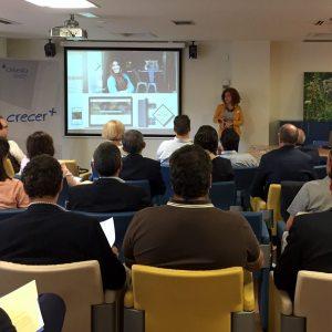 Elena presentación foro de inversión en Vitoria-Gasteiz