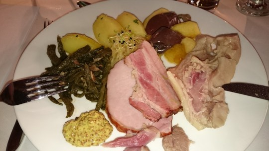 Spezialmetzgete im Restaurant Schiff, Zug