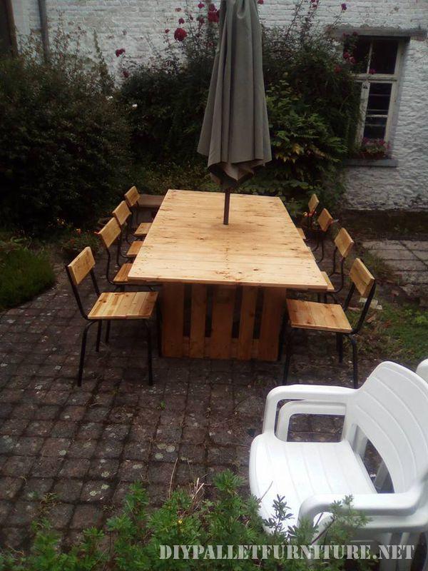 Table Et Chaises De Jardin Gazebo Avec Des PalettesMeuble