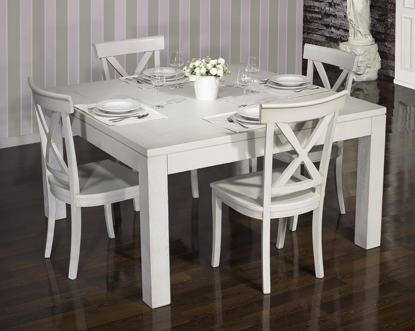 table de salle a manger 140 140 contemporaine realisee en chene finition chene brosse gris perle