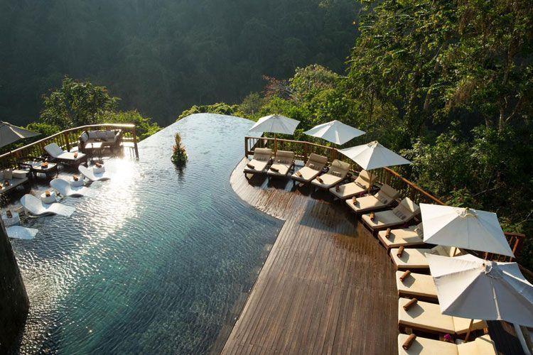 Piscina del Hanging Gardens de Bali
