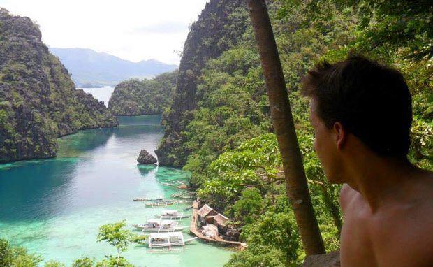 Héctor en el Nido, Palawan, durante su época trabajando en Filipinas