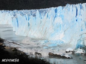 Ice release glacier