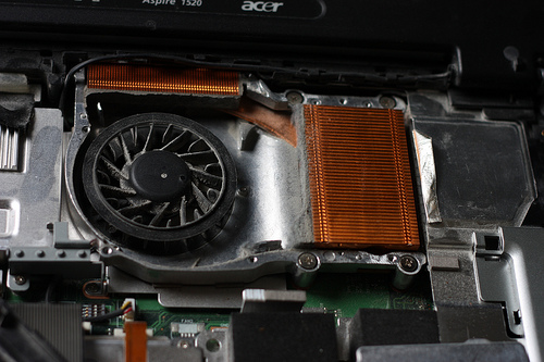 Overheating laptop by nick@