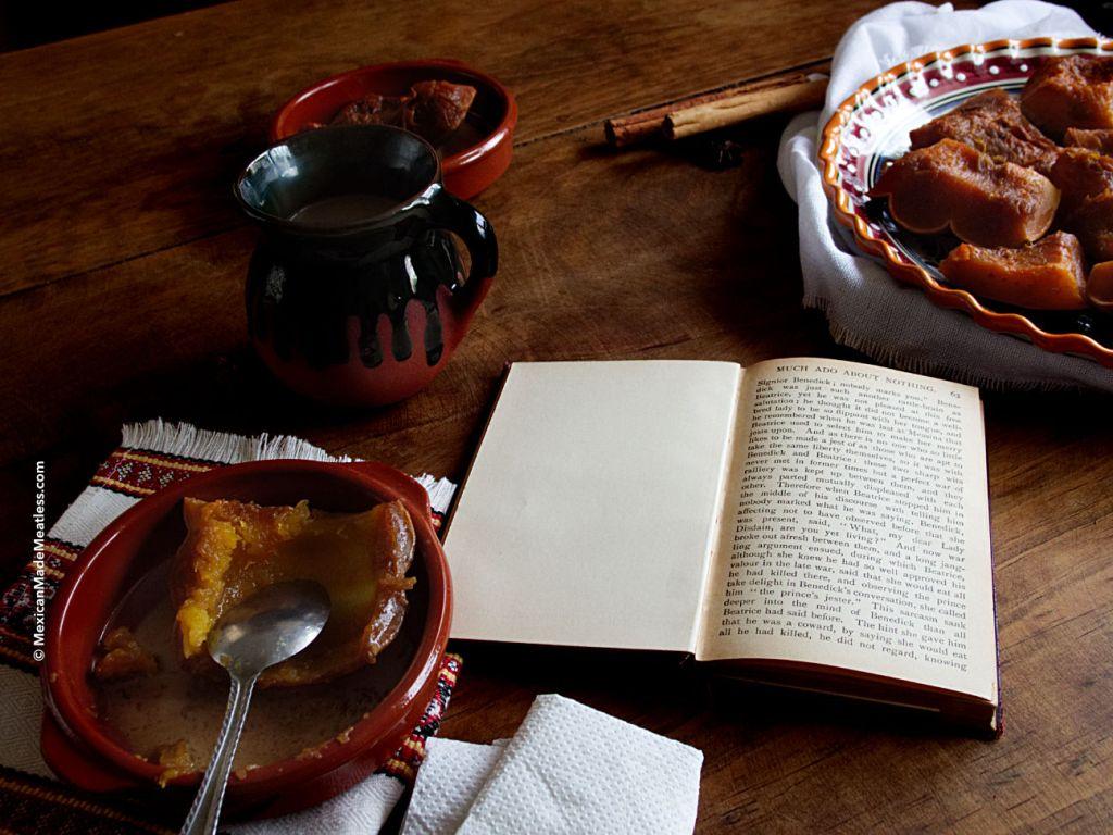 Calabaza En Tacha or Mexican Candied Pumpkin for Day of The Dead | #diadelosmuertos #diademuertos #pumpkinrecipe