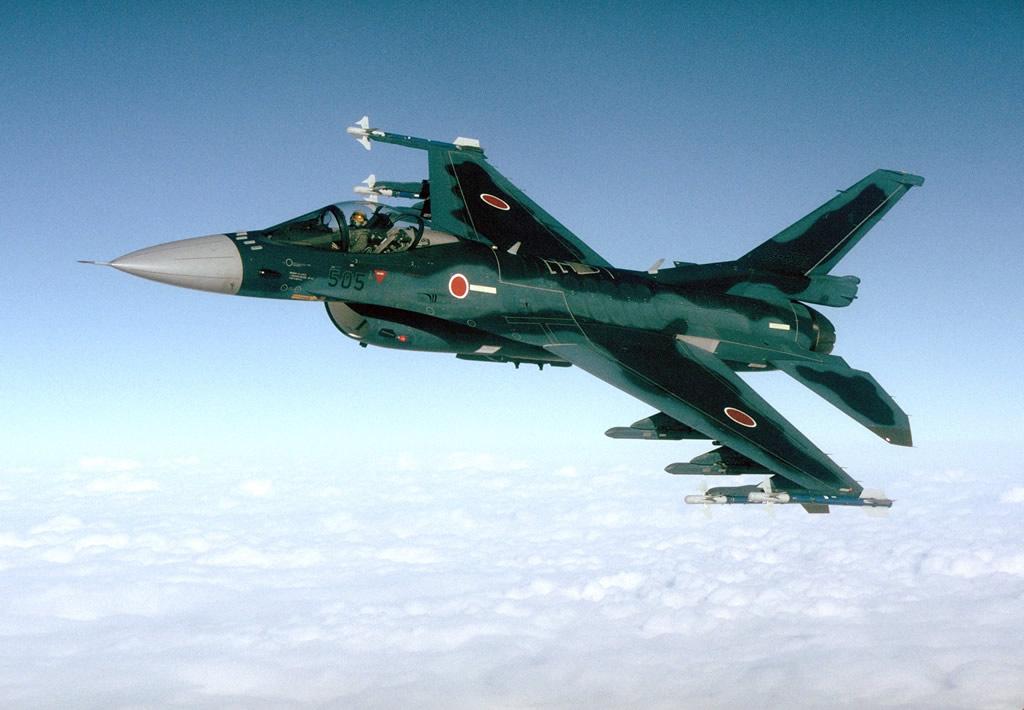 AIR_F-2_Armed_AA-3s_lg