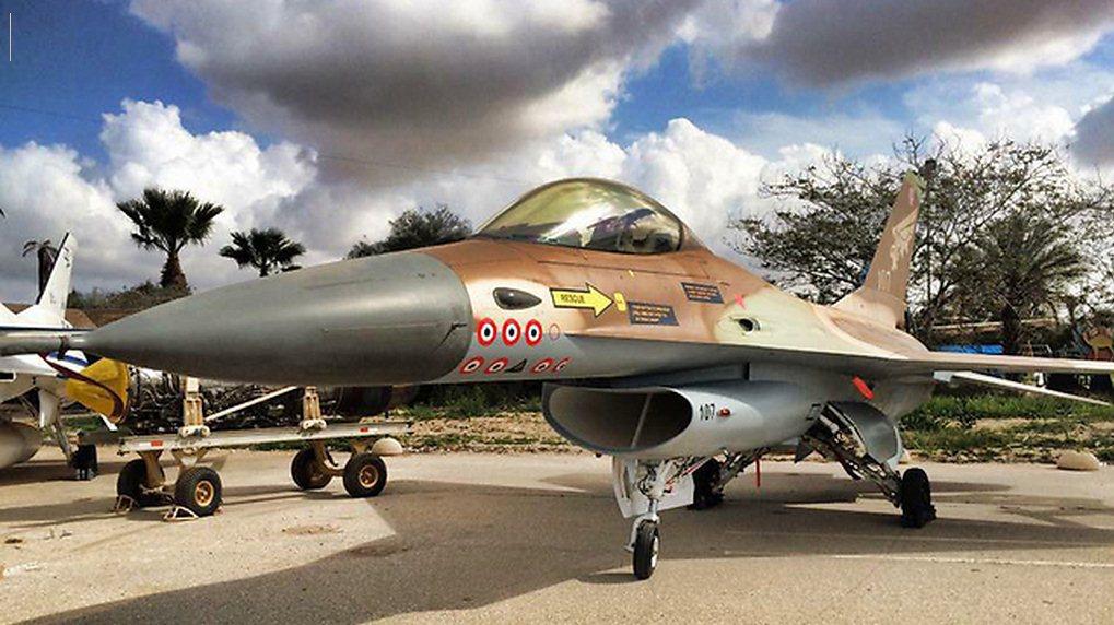 F-16-n107