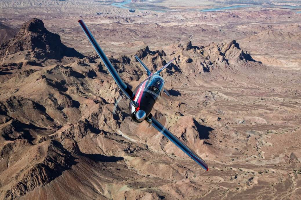 Beechcraft_T-6C_mountains
