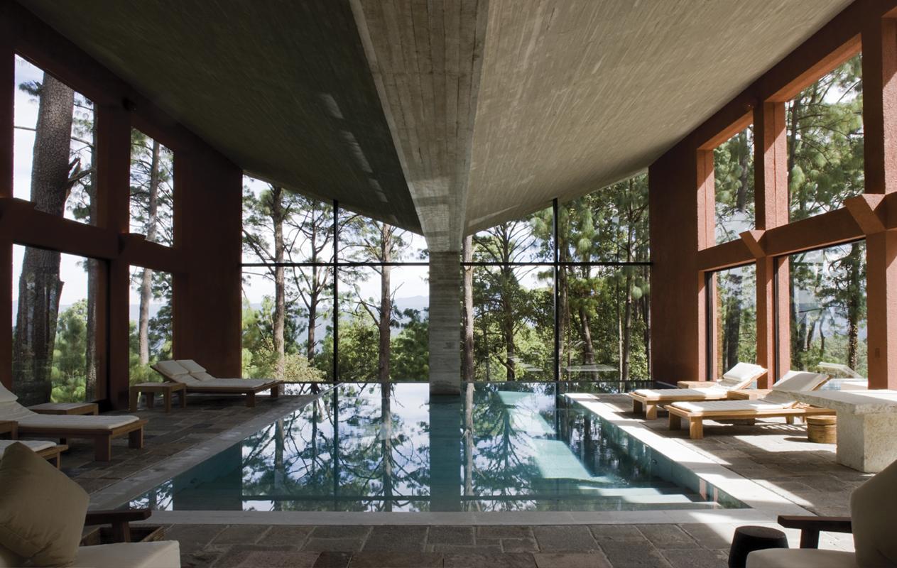 insignias-interiorismo-arquitectura-legorreta-casa-tecorrales-1