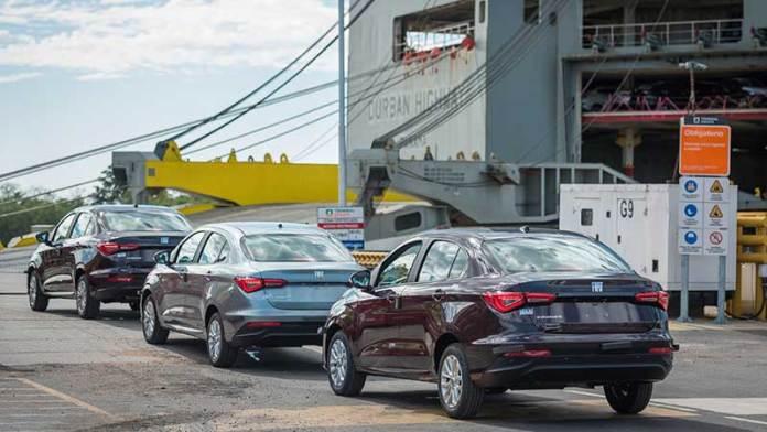 Exportación de autos retrocedió 8.5% en agosto, reporta Inegi