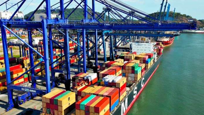 Pandemia recorta el comercio marítimo y transforma la industria