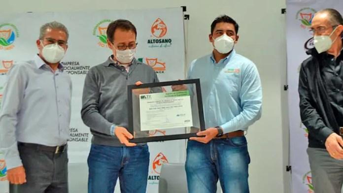 Certifican Internacionalmente a Granjas Carroll de México en Planta de Cárnicos